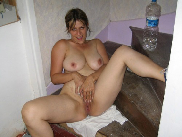 Claire MILF gros seins