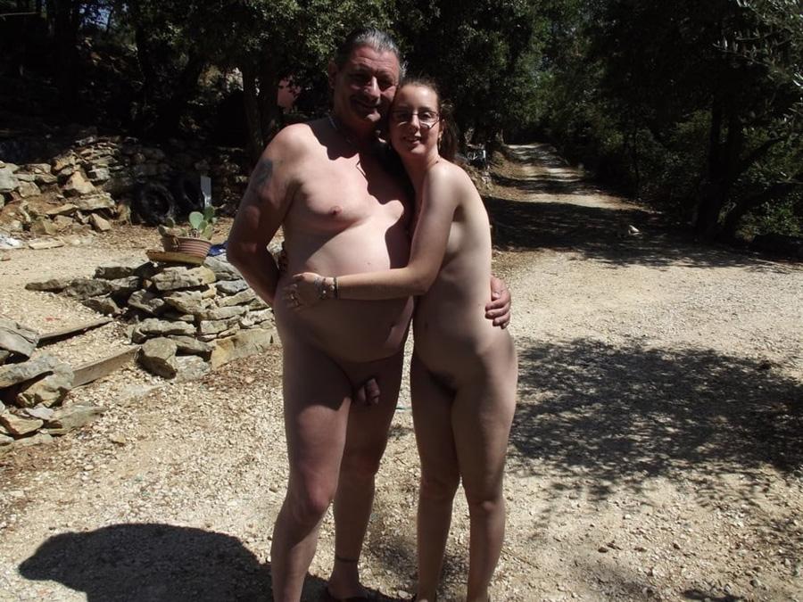 Vacances échangistes Elodie libertine naturiste 16