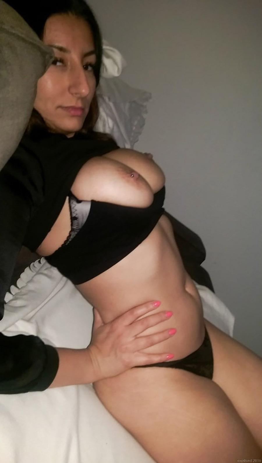 Hafida algérienne sexy aime le cul 17